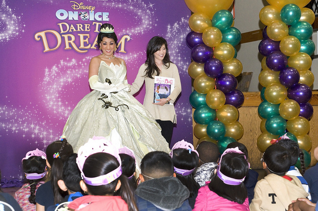 Disney On Ice Dare to Dream Promote Literacy & Give Back to Oakland Children