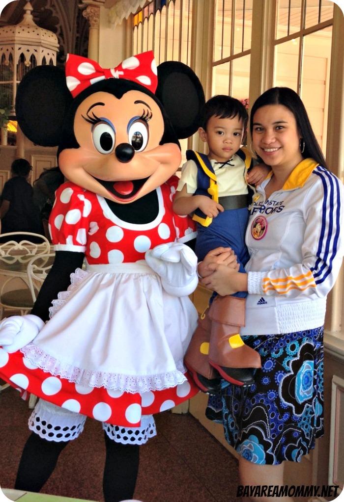 Minnie Mouse - Disneyland Plaza Inn character breakfast