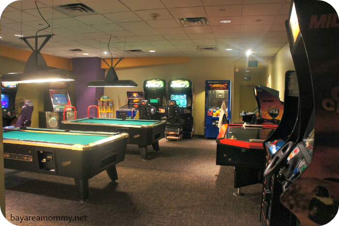 Sheraton Anaheim Game Room
