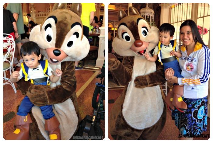 Chip & Dale - Disneyland Plaza Inn Character Breakfast