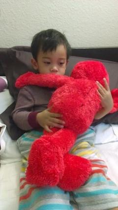 Big Hugs Elmo @ Toys R Us